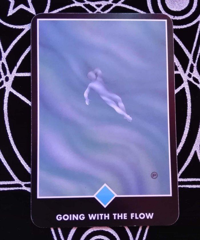 OSHO禅タロットのGOING WITH THE FLOW(流れと共に行く)