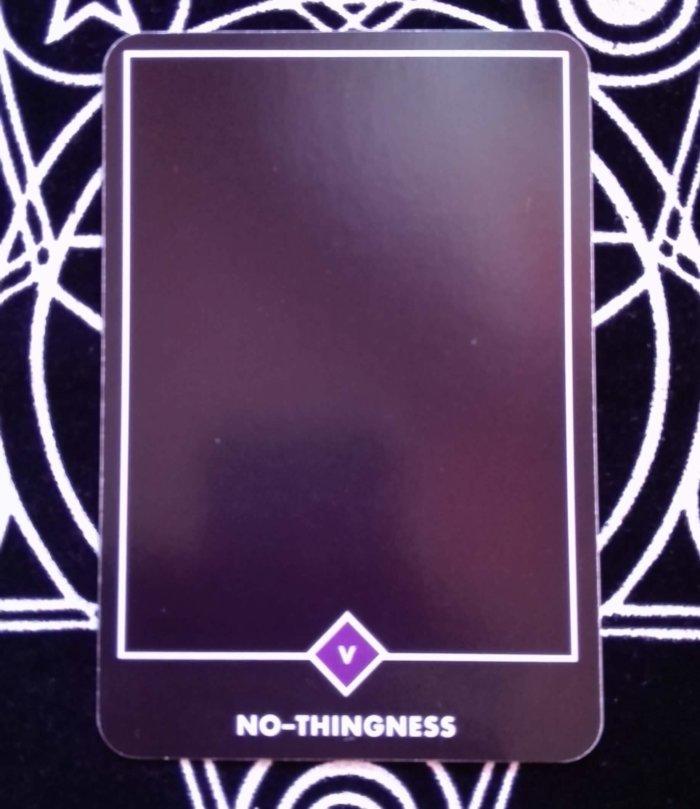 真っ黒、何もないカード。いいカードなんですよ
