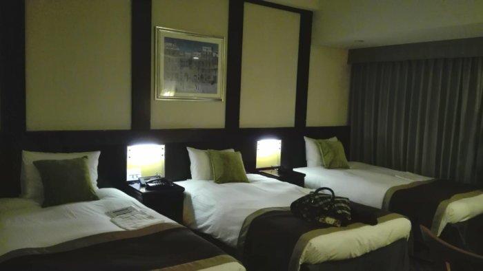 京阪ホテルの三人部屋