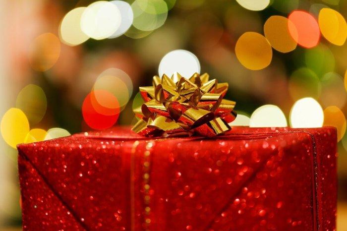 赤いプレゼントボックス