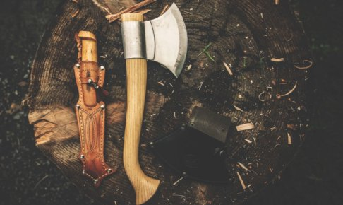 斧が置いてある